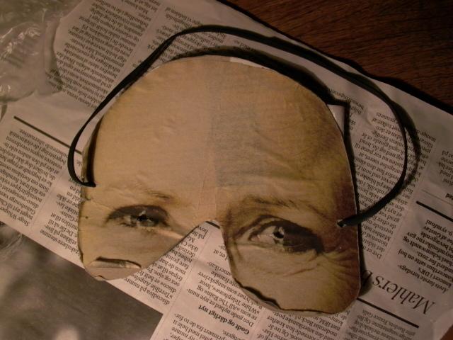 udKlipsmaske af avis, mm.